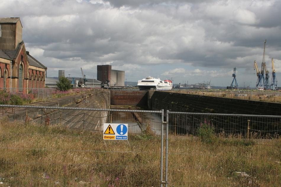 Titanic quarter 99