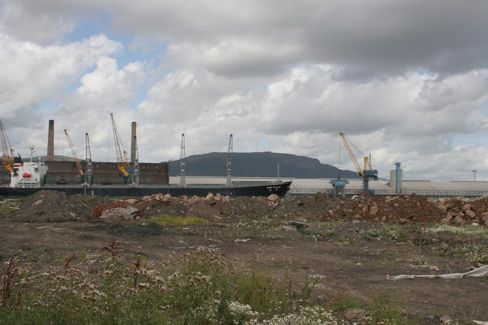 Titanic quarter 130