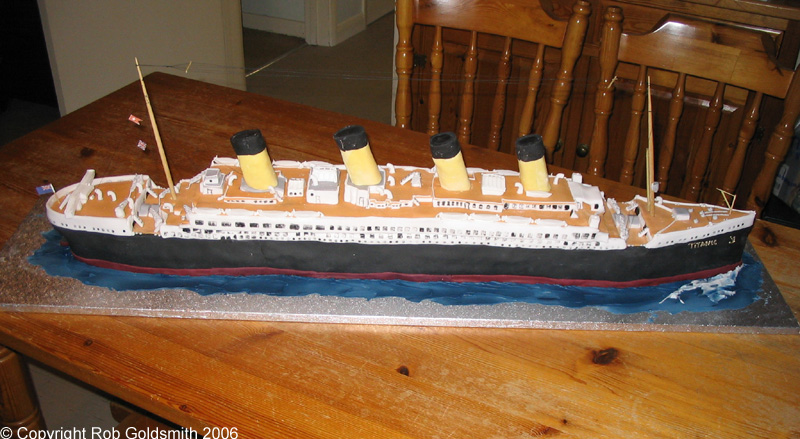 Amazing Titanic cake!