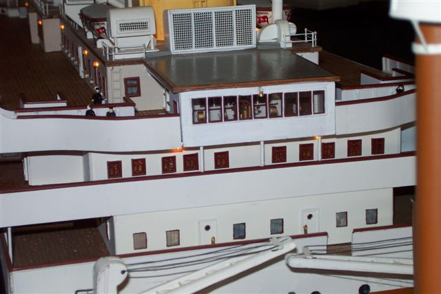10 FT Model 1/87 scale 15
