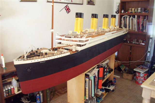 10 FT Model 1/87 scale 18