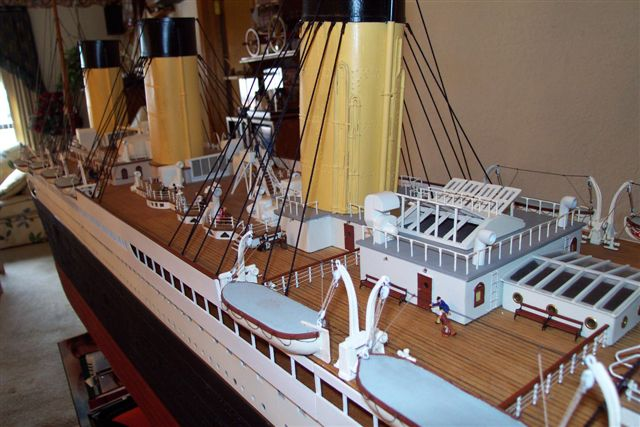 10 FT Model 1/87 scale 23