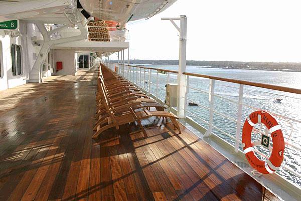 Promenade_deck